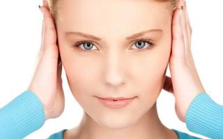 При каких показателях давления закладывает уши и болит голова