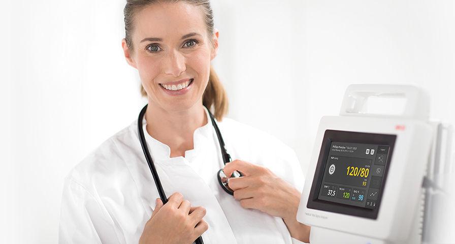 врач и аппарат