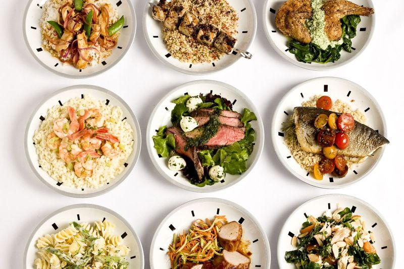 блюда на тарелках