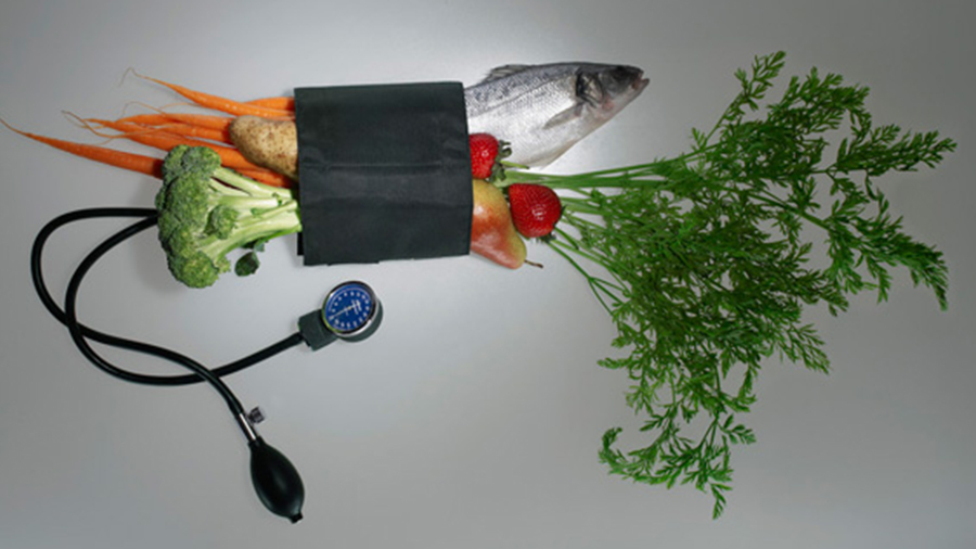 еда и тонометр