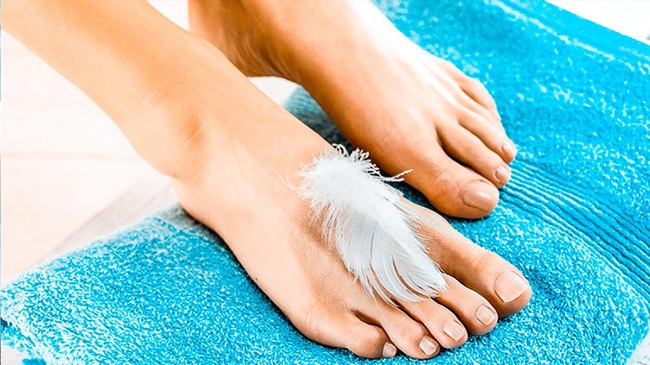 ноги на полотенце